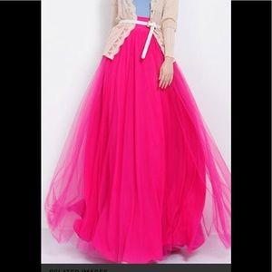 Dresses & Skirts - Maxi tulle skirt